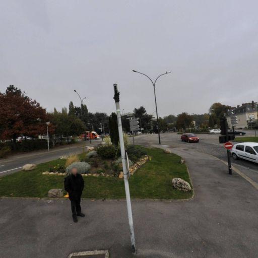 Hôpital André Mignot - Parking public - Le Chesnay-Rocquencourt