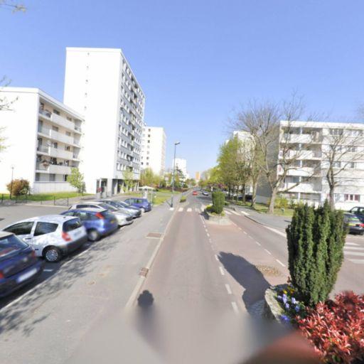 Messara Frédéric - Location d'automobiles de tourisme et d'utilitaires - Saint-Gratien
