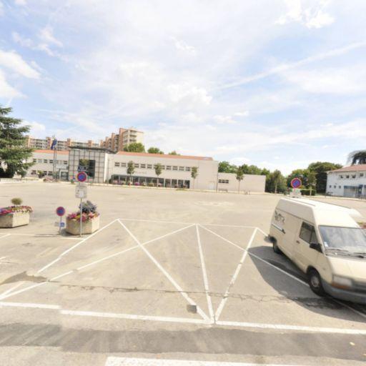 Parking Jean Moulin - Parking - La Mulatière
