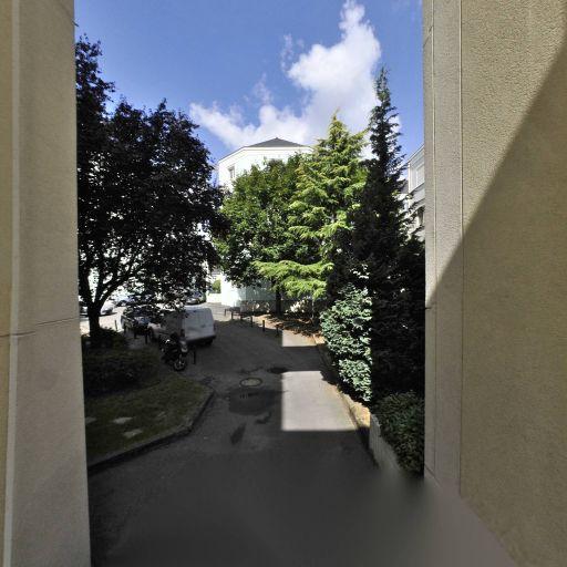 Radouga Arc En Ciel - Cours de langues - Nantes