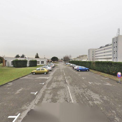 Parc Du Moulin A Vent - Parc et zone de jeu - Vénissieux