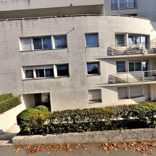 Zembourou Sonia - Coiffeur - Palaiseau