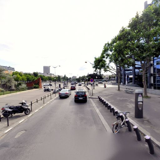 Station Vélib' Jean Oestreicher - Porte de Champerret - Vélos en libre-service - Paris