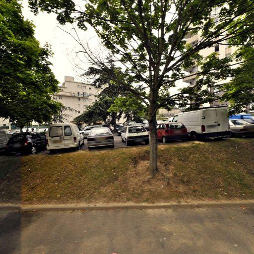Parking D'Estienne d'Orves - Parking - Évry-Courcouronnes