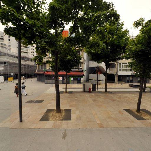 Parking VINCI Park Passage Public - Abonnés - Parking public - Évry