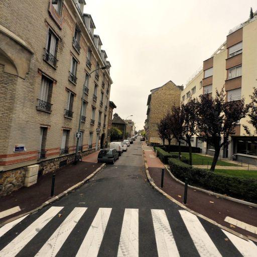 Ferrand France - Décorateur - Suresnes