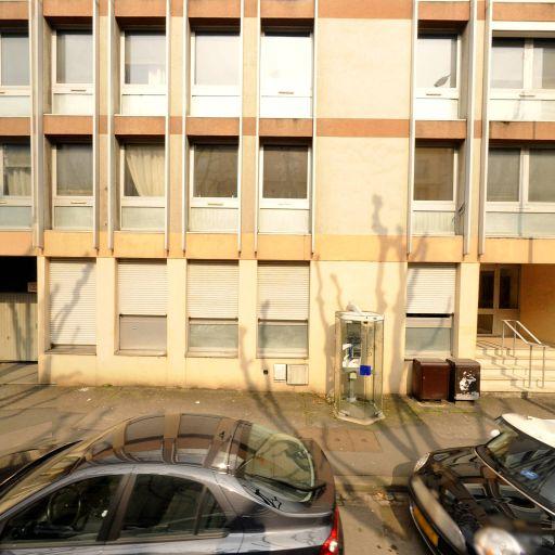 Nahle Ali - Automobiles d'occasion - Metz