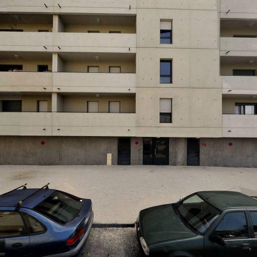 El Khider Hadhoum - Concessionnaire automobile - Nîmes