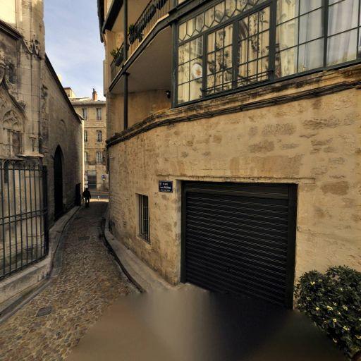 Eglise Saint Pierre - Sites et circuits de tourisme - Avignon