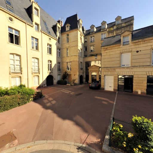 Hôtel Duquesnoy-du-Thon - Attraction touristique - Caen