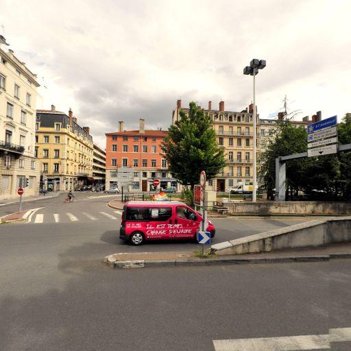 Origami Architecture - Agence de voyages - Lyon