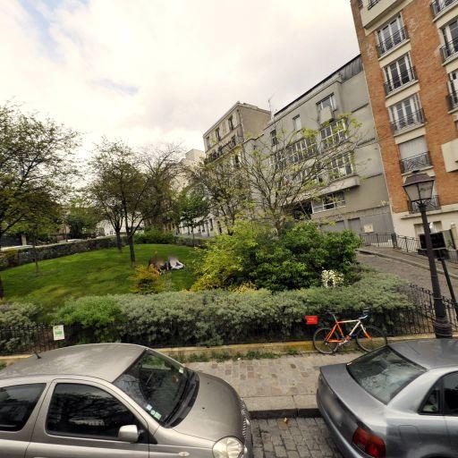 Parc Secret Des Tertres - Parc et zone de jeu - Paris
