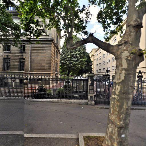 Bouhalassa Michael - Avocat spécialiste en droit public - Lyon