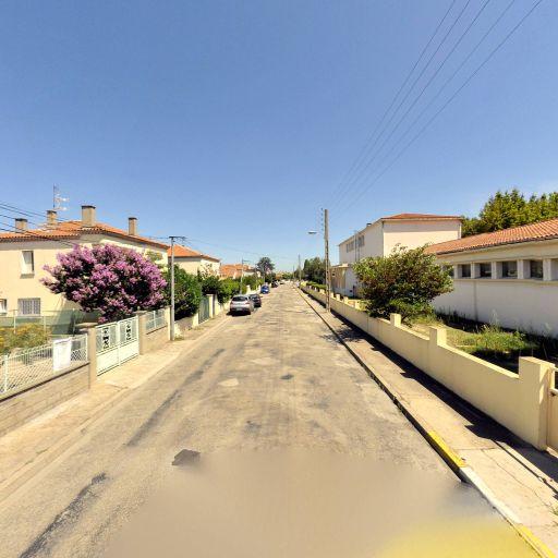 Ecole primaire publique Monplaisir - École primaire publique - Arles