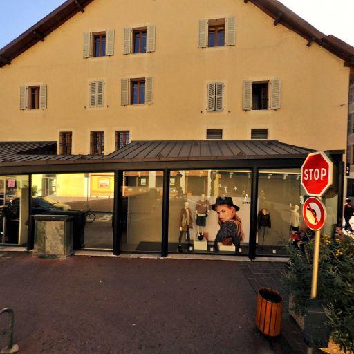 Foot Locker France - Magasin de sport - Annecy
