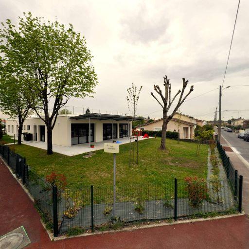 La Maison De Pierre - Crèche - Mérignac