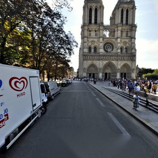 Square Jean XXIII - Sites et circuits de tourisme - Paris