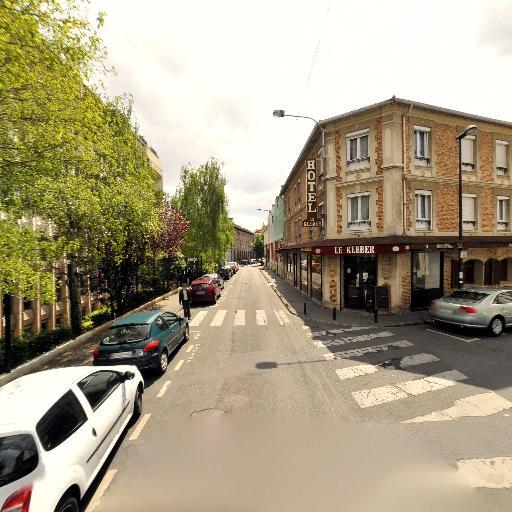Pôle Emploi - Emploi et travail - services publics - Montreuil
