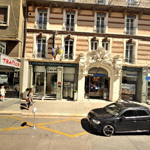 Le Grand Hotel - Hôtel - Grenoble