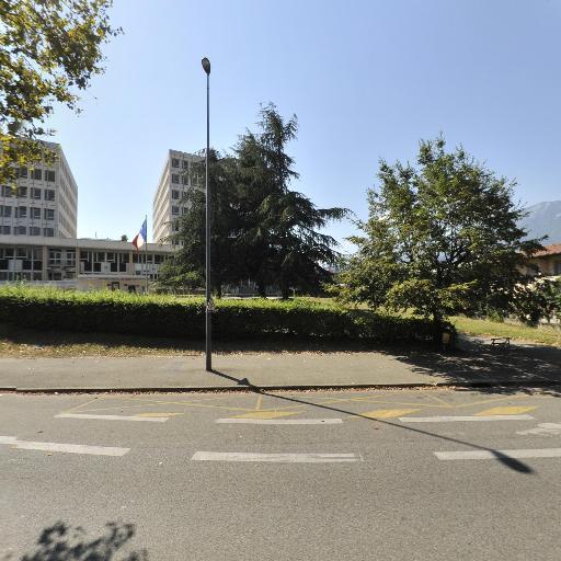 C A F de l'Isère - Centre médico-social - Grenoble