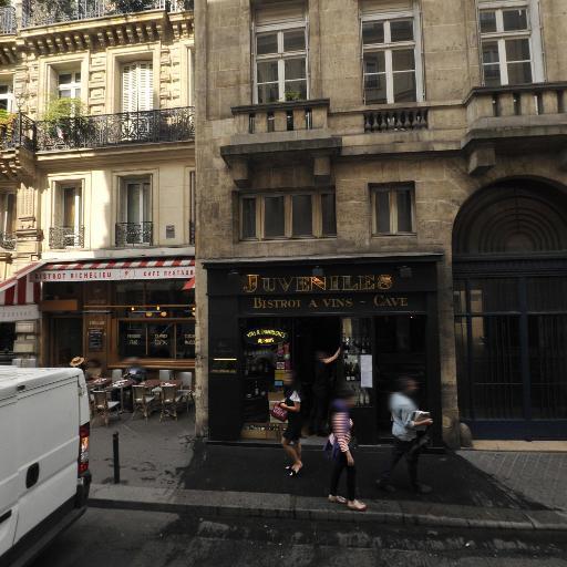 Face2une - Siège social - Paris