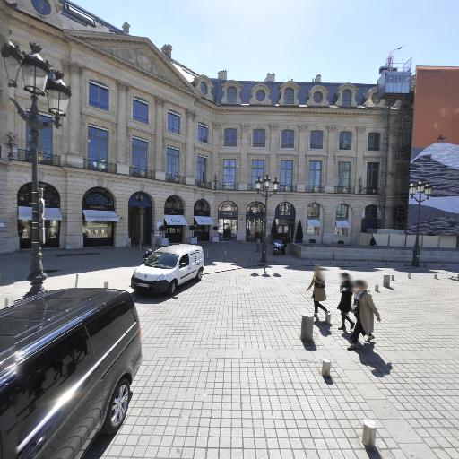 Decret Discret Design - Vente d'alarmes et systèmes de surveillance - Paris