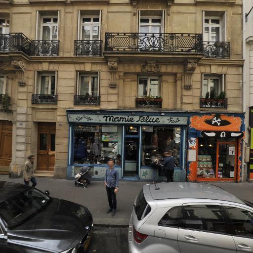 Vintage Sprit Mamie Blue - Dépôt-vente de meubles - Paris