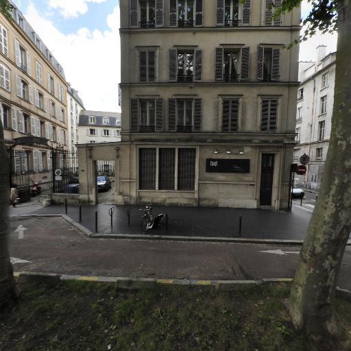 Darnaud Léonore - Enseignement pour les professions artistiques - Versailles