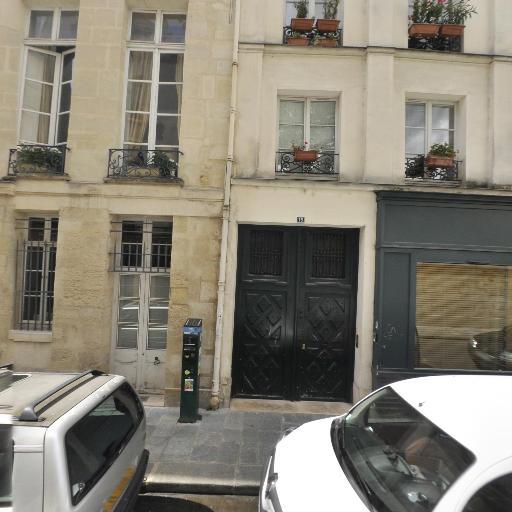 Kaczynski Claire - Club de sport - Paris