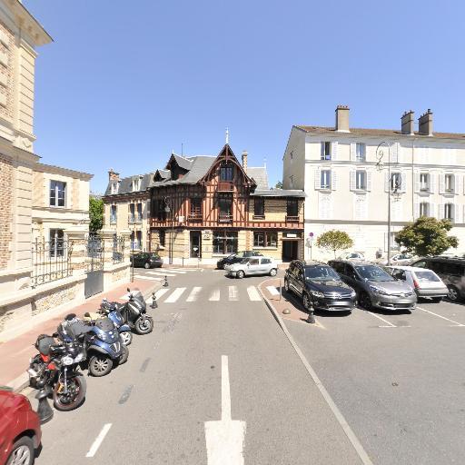 Caisse D'Epargne Ile De France - Banque - Saint-Germain-en-Laye