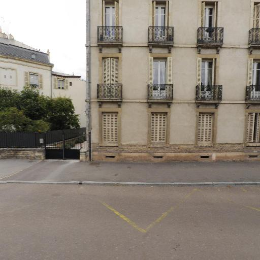 Bernet Caroline - Huissier de justice - Dijon