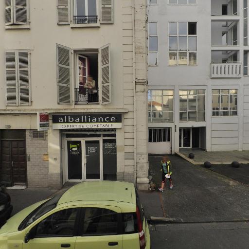 Cabinet Pieuvre Et Cameleon - Cours d'arts graphiques et plastiques - Pau