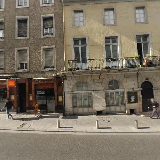 Association Pour La Decouverte Et L'Echange Culturel Adec - Cours d'arts graphiques et plastiques - Pau