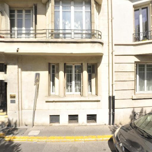 Cyril Saint-Marc - Médecin psychiatre - Marseille