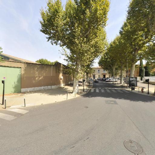 Croix-Rouge - Portage de médicaments - Pharmacie - Aix-en-Provence