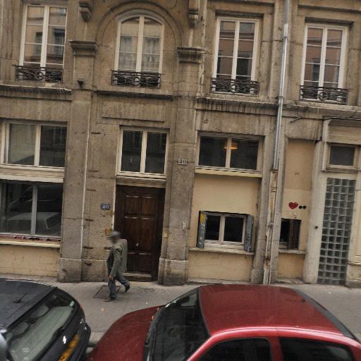 76 Poupées Russes - Cours d'arts graphiques et plastiques - Lyon