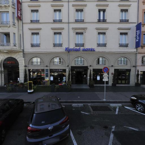 greet Hotel Lyon Confluence - Hôtel - Lyon