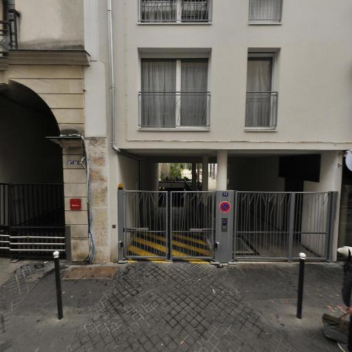 Lariviere Jean - Photographe publicitaire - Paris