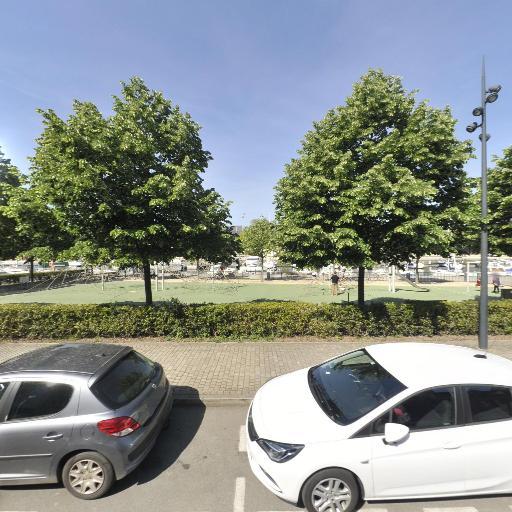 Aire De Jeux Du Port - Parc et zone de jeu - Vannes