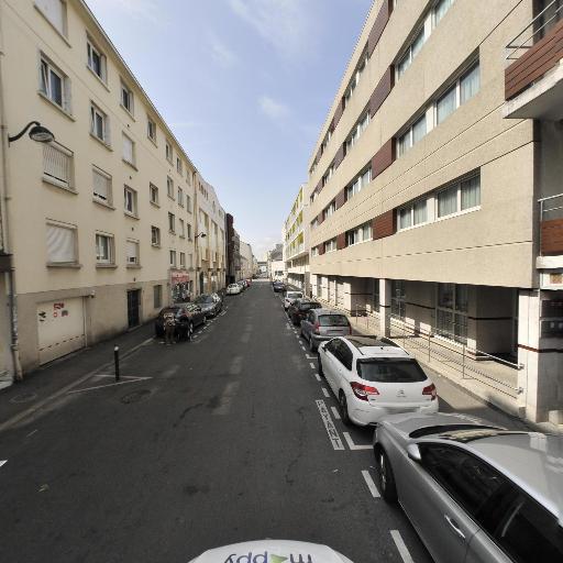 Séjours & Affaires Nantes Ducs De Bretagne - Résidence étudiante - Nantes