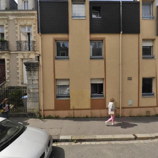 Briand - Coiffeur à domicile - Nantes