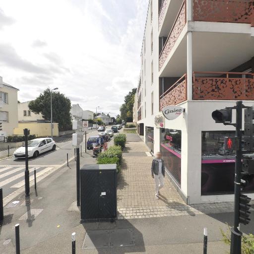Casino Shop Famille Loirat Associes Sarl - Alimentation générale - Nantes