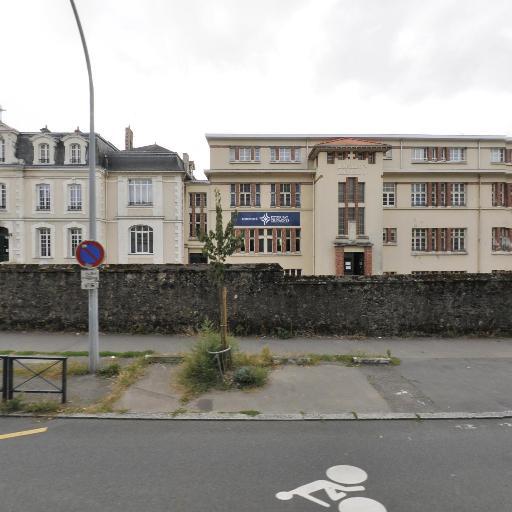 Collège Externat des Enfants Nantais - Lycée / Prépa Externat Chavagnes - Enseignement supérieur privé - Nantes