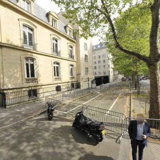Emile en ville - Agence de publicité - Paris