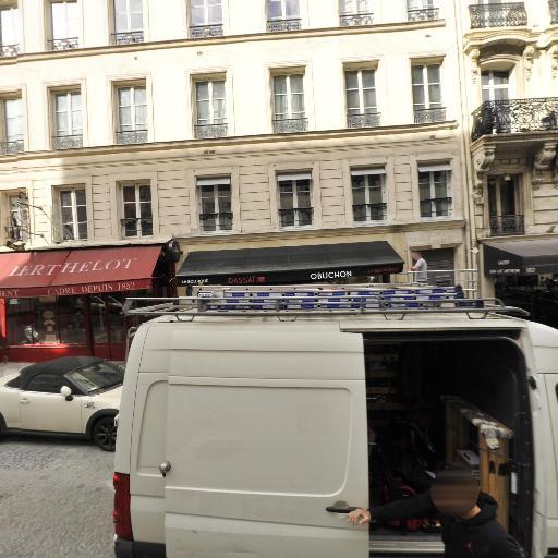 Association Ladislas Racz - Cours d'arts graphiques et plastiques - Paris