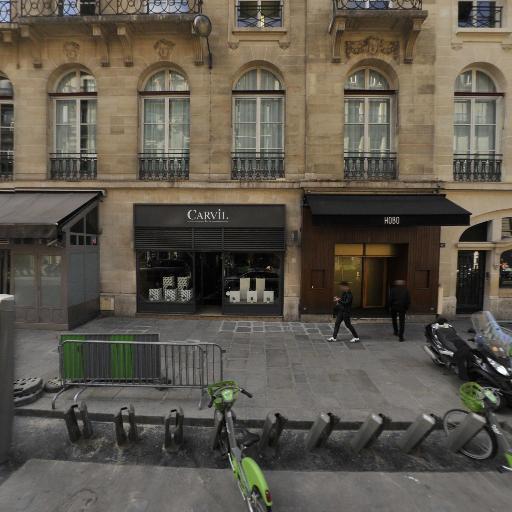 Station Vélib' Pierre Charron - Champs-Elysées - Vélos en libre-service - Paris