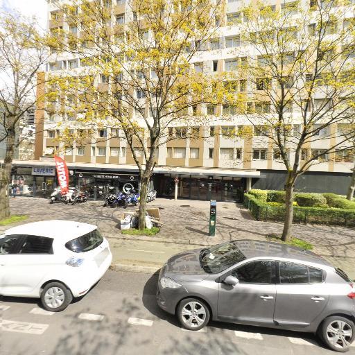 Authentic Motors Paris - Vente et réparation de motos et scooters - Paris
