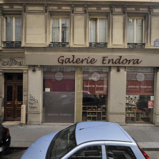 Y Salon - Coiffeur - Paris