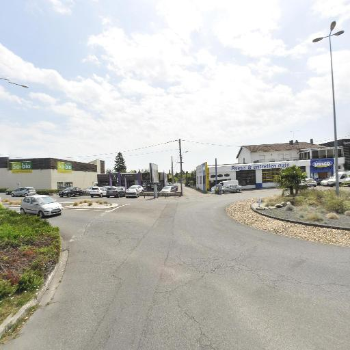 Auchan Drive - Station-service - Montauban
