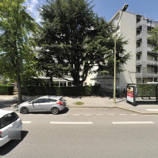 Adoma - Hôtel - Annecy